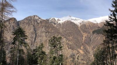 Vista Pizzo del Vescovo e il Monte Valgussera