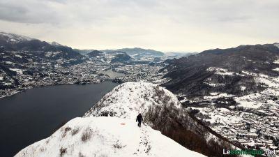 Lago di Garlate con la neve