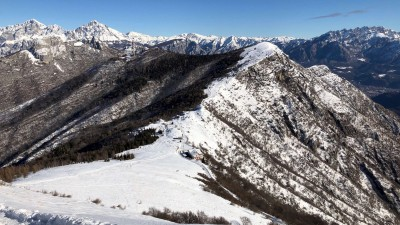Vista verso Corni di Canzo e Monte Rai