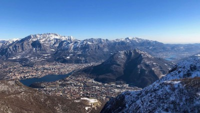 Vista sul Resegone e monte Barro