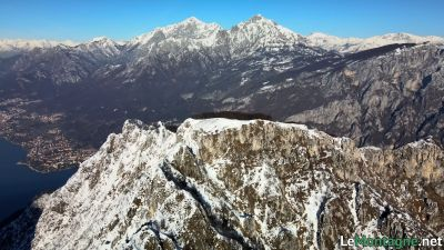 Monte Moregallo con alle spalle le Grigne