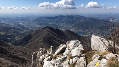 Sulla cresta tra Monte Ocone e Corna Camozzera