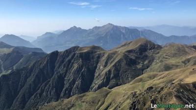 Panorama dalla vetta verso ovest con le Grigne