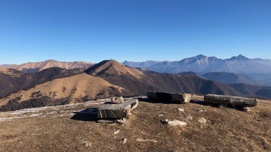 monte bollettone, vista sul monte palanzone