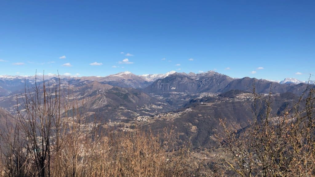 panorama dal monte canto alto