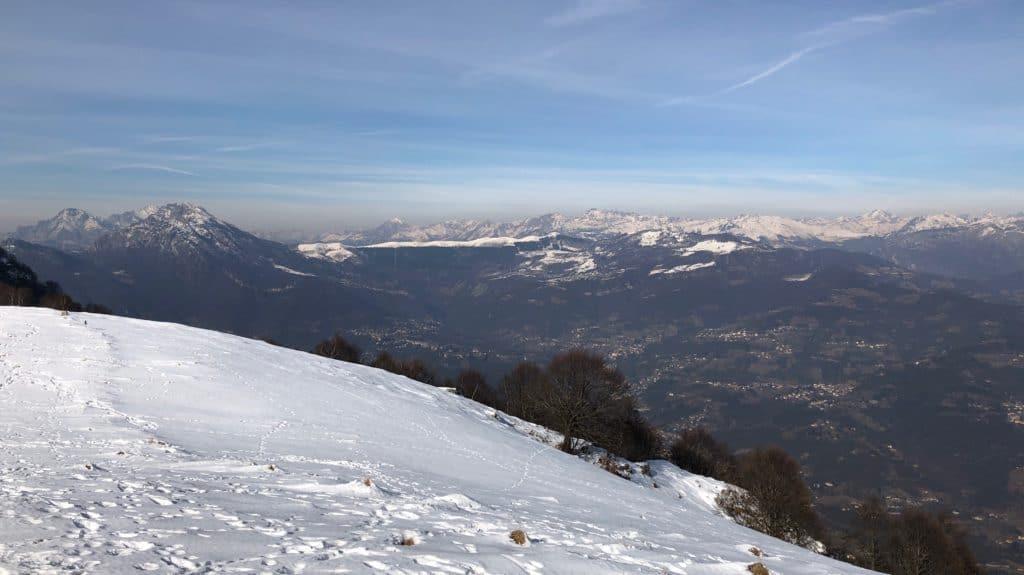 panorama dalla vetta del monte linzone
