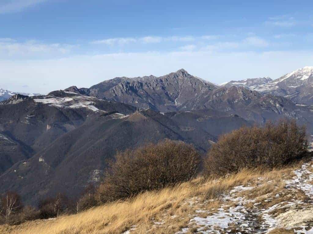 panorama dalla vetta del monte misma