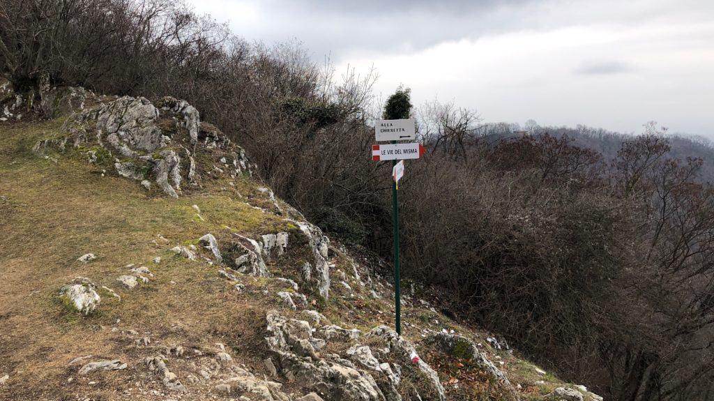 sentiero verso il santuario di Santa Maria