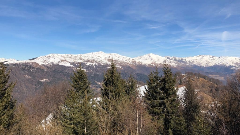 panorama verso monte Campione