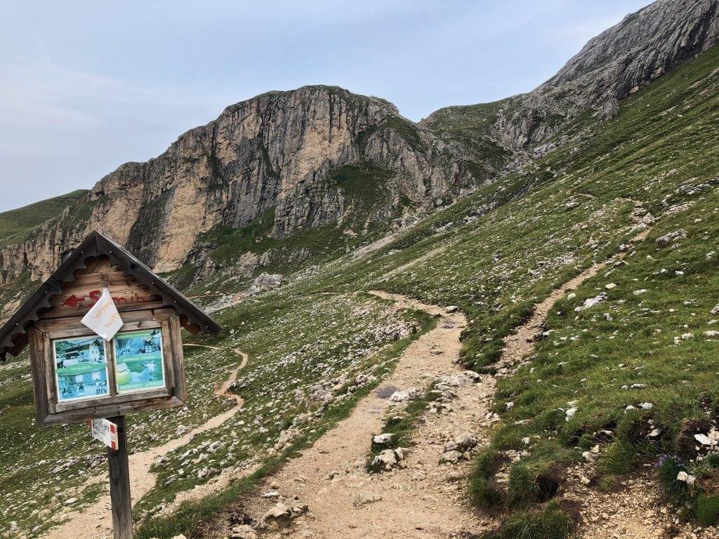 Sentiero verso il Sassopiatto
